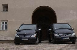 around_krakow_transfers_black_viano_1